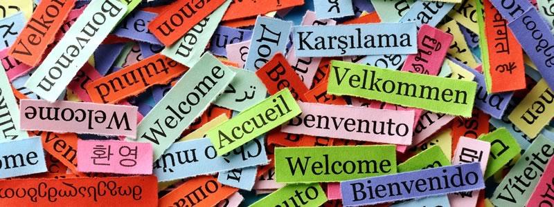 Papierschnipsel mit Aufschrift Welcome